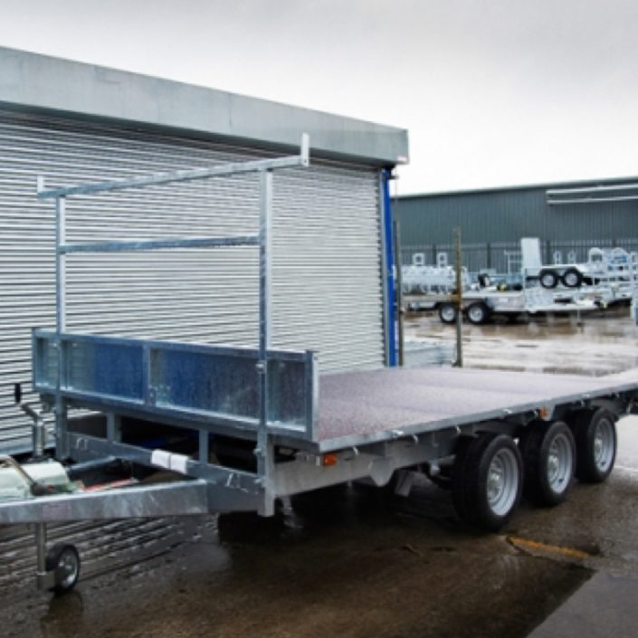 indespension-14-by-6-tri-axle-flatbed