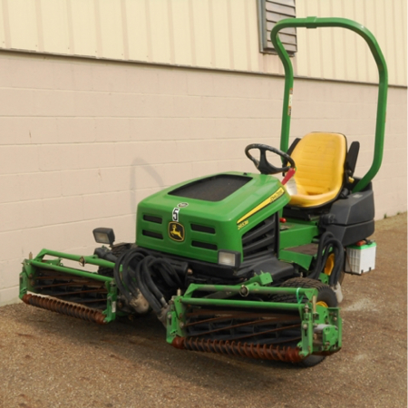 Used John Deere 2653B Triple Mower