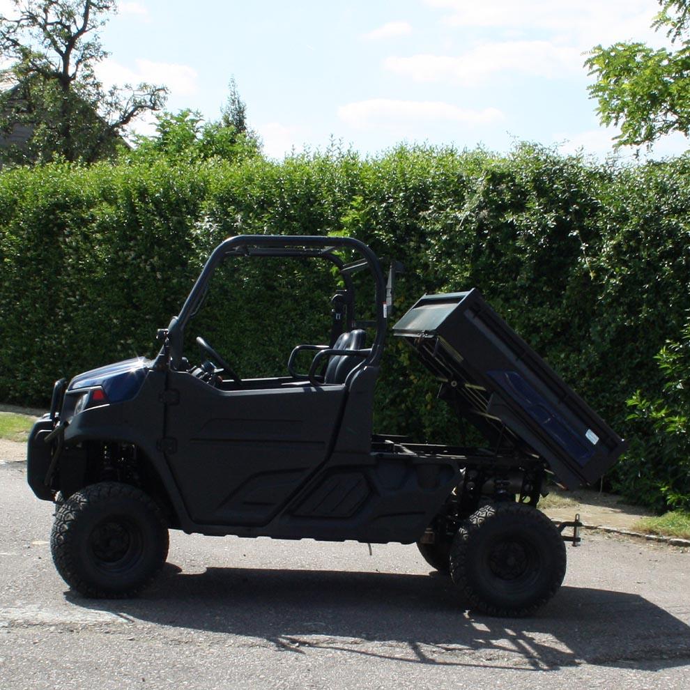Cushman 1600 DX Utility Vehicle