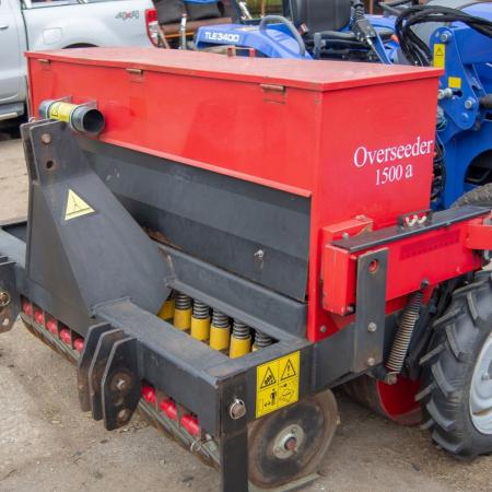 charterhouse-speedseeder-1500-with-iseki-tractor