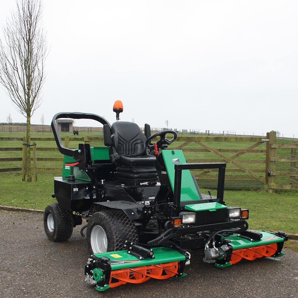 Used Ransome Parkway 2250 Triple Mower