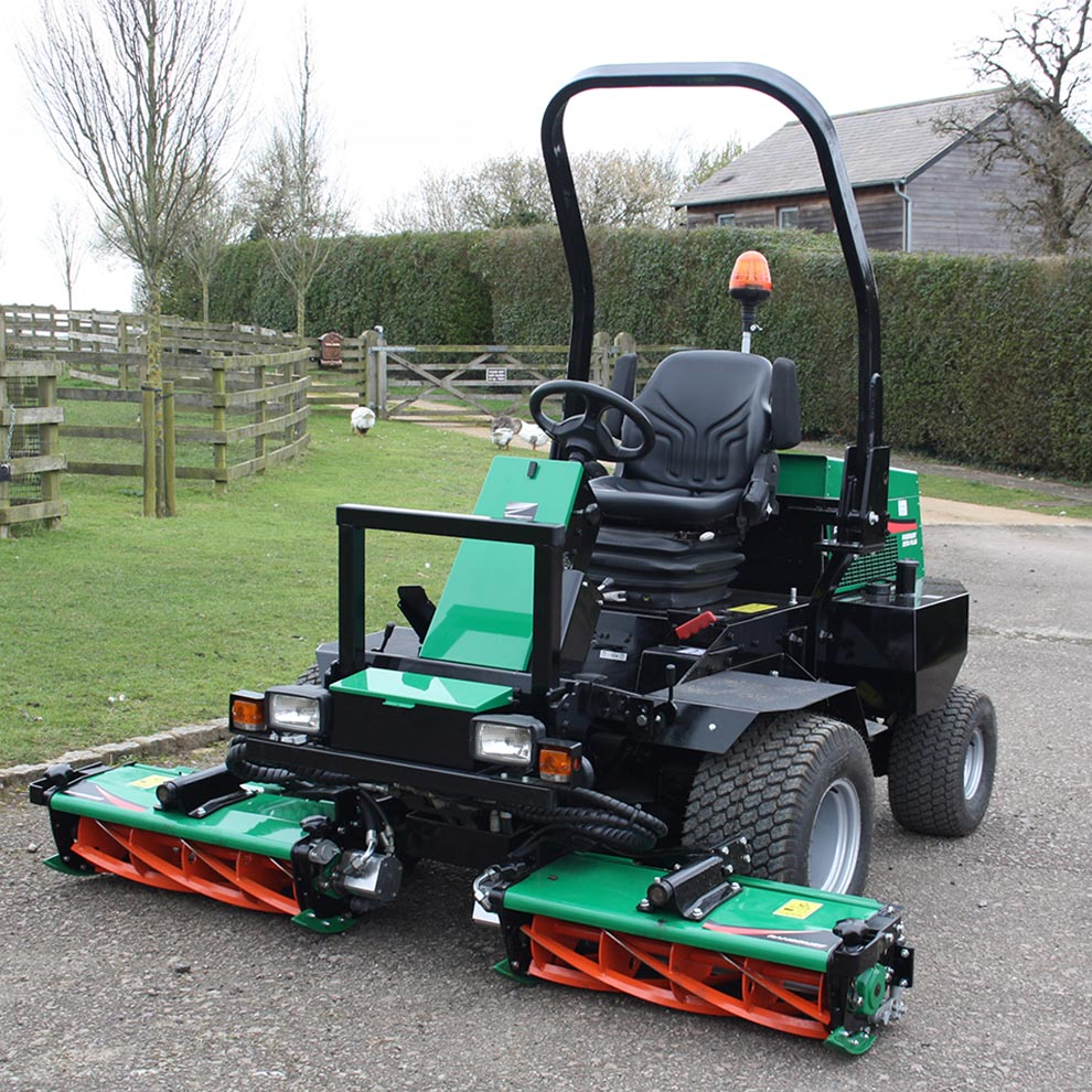 Used Ransome Parkway 2250 Plus Triple Mower