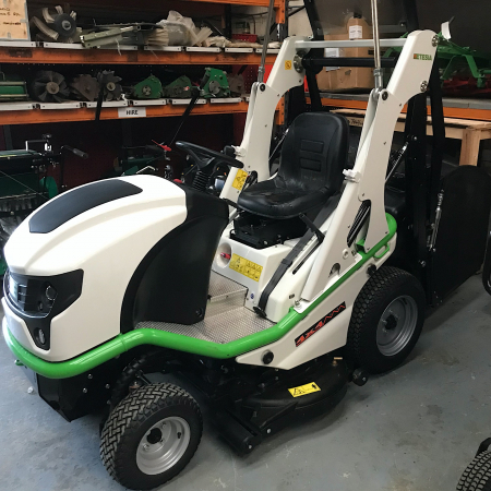 Used Etesia HVHPX Cut and Collect 4 Wheel Drive
