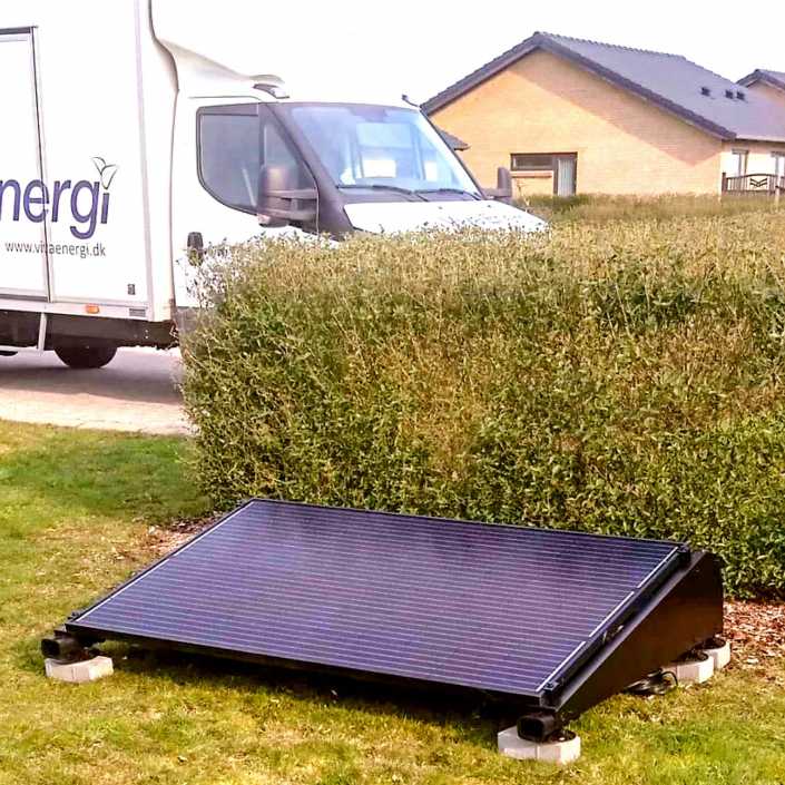 Solar Charge Station 2500