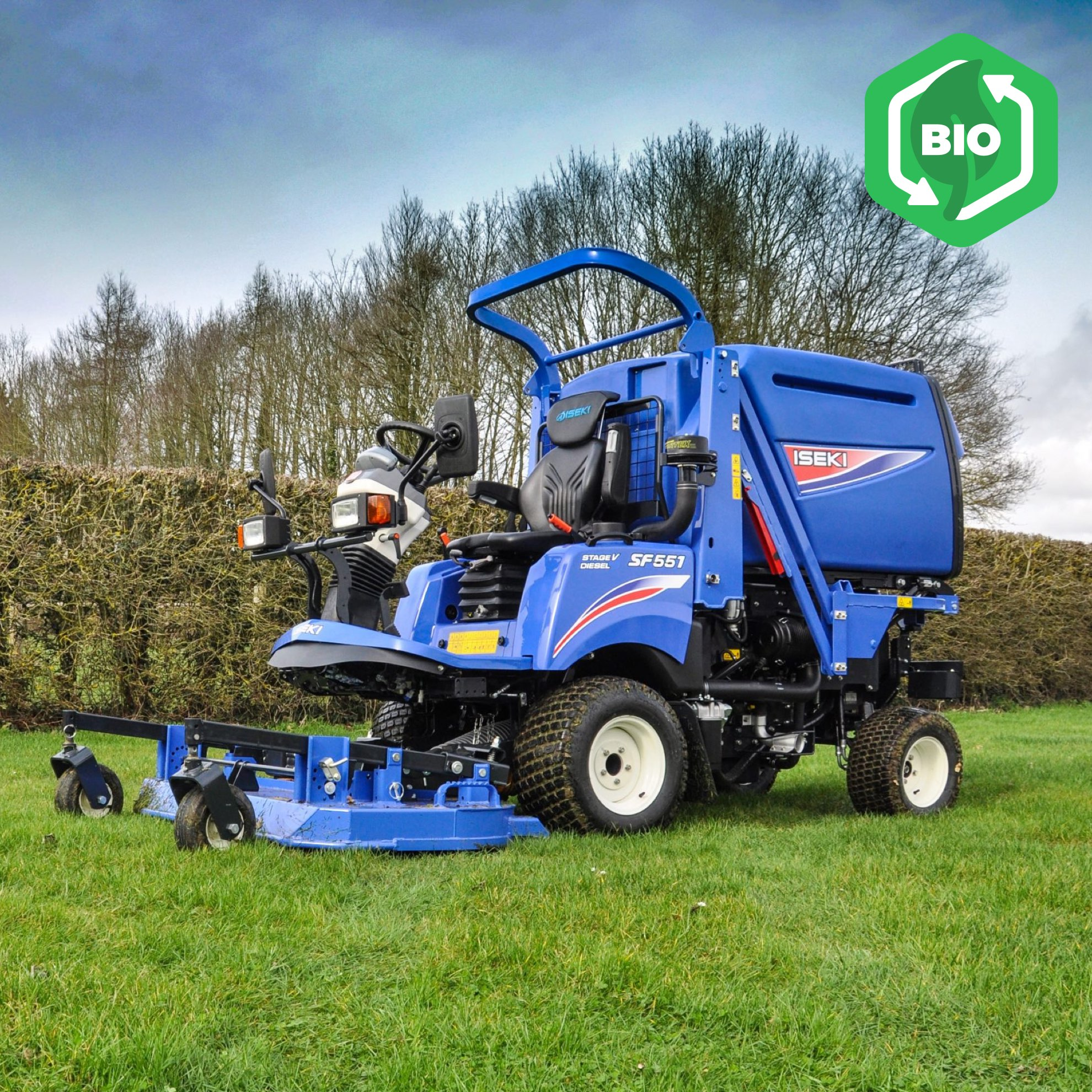 Iseki SF544 + SF551 Out-Front Mower Collectors
