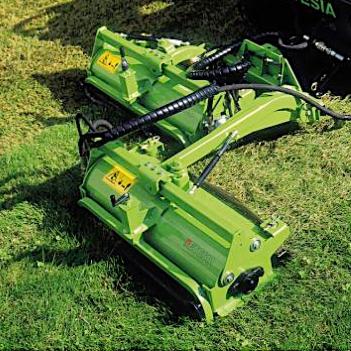 Etesia Hydro 124DN Ride-on Cut and Collect Mower with Powered Scarifier